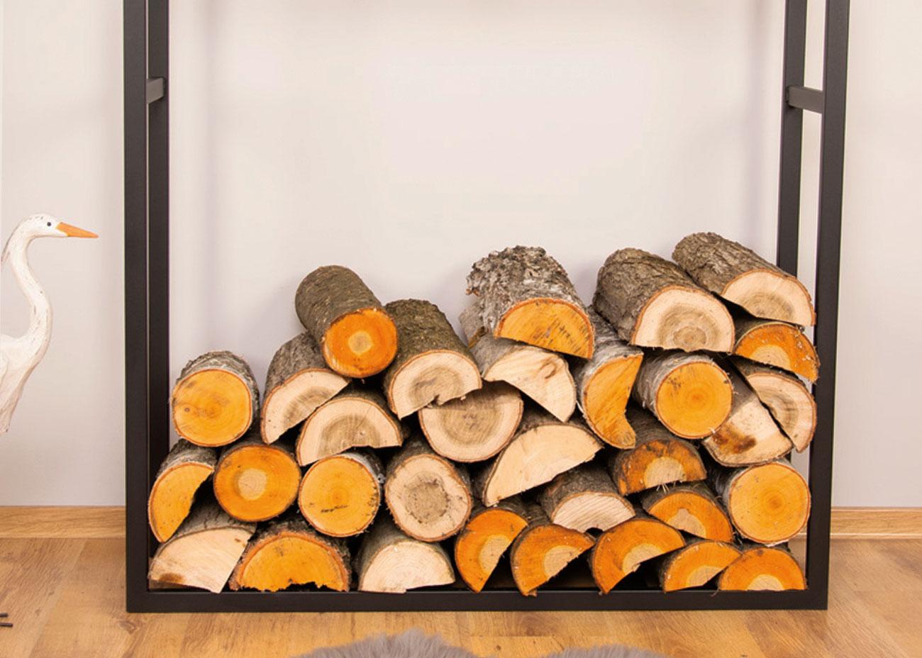Drewno w stojaku
